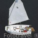 Un joven entrenandose en su embarcacion de vela. Escuela de vela. Puerto deportivo y club nautico de la ciudad de VIGO. Galicia. España