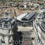 Vista de la ciudad desde lo alto de la alcaldia (castillo estilo versallesco). Ciudad de ANGOULEME / ANGULEMA. Francia