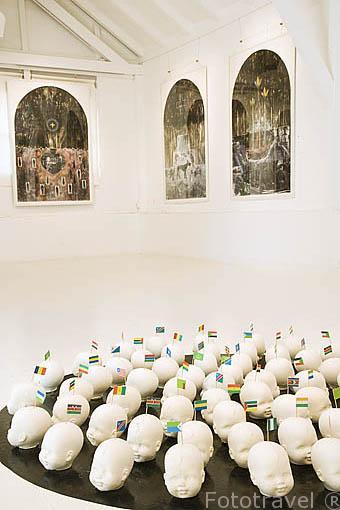 Obra Amnesia de Bruno Pedurand. Museo de la finca /Habitation de Clement. Cerca de LE FRANCOIS. Este de la isla de Martinica. Francia. Caribe
