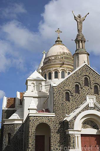 Iglesia de Sacre Coeur de Mont Martre de Balata. Isla de MARTINICA. Francia. Caribe
