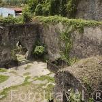 Restos de la celda donde sobrevivio Cyparis a la erupcion volcanica de la montaña Pelee en 1902. ST-PIERRE. Isla de MARTINICA. Francia. Caribe
