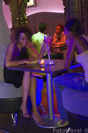 Bar Karaoke en la zona de Californie. Isla de Martinica. Francia. Caribe