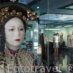 Busto de la emperatriz china Ts´u Hsi a finales del s.XIX decorada con perlas negras cultivadas. Tienda museo de Robert Wan. Ciudad de PAPEETE. Isla de Tahiti. Polinesia Francesa.