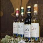 """Variedades de vinos de la empresa """"Tahiti"""". Tiene ligero sabor a coral. Atolón de RANGIROA. Archipielago de Tuamotu. Polinesia Francesa. Oceano Pacifico"""
