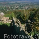 Vista desde la torre del castillo de Chojnik. (S.XIII). Reconstruido en piedra en el reinado de Bolko I. Parque Nacional de Karkonosze. Baja Silesia. Polonia