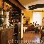 Interior. Hotel restaurante Bolkow. Pueblo de BOLKOW. Baja Silesia. Polonia