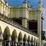 Edificio renacentista del Mercado de Paños en la plaza Mayor del Mercado. CRACOVIA. Polonia