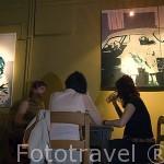 Interior del disco pub Mozg. Tocan jazz en directo. Ciudad de BYDGOSZCZ. Polonia