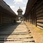 Poblado de mas de 2500 años de antiguedad reconstruido. BISKUPIN. Polonia
