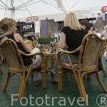 Terraza Kuranty en la plaza del Ayuntamiento. Ciudad de TORUN. (Unesco). Kuyavia- Pomerania. Polonia
