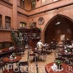 Bar cafeteria Artus. Centro historico de la ciudad de TORUN. Kuyavia- Pomerania. Polonia