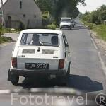 Pequeño vehiculo fiat 650 E muy utilizado en areas rurales del interior de Polonia.