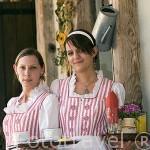 Camareras del restaurante Karczma Chel Minska. Poblacion de CHELMNO. Region de Kuyavia- Pomerania. Polonia