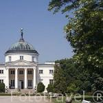 Palacio de OSTROMECKU (1832 - 1848) cerca de Bydgoszcz. Region de Kuyavia- Pomerania. Polonia
