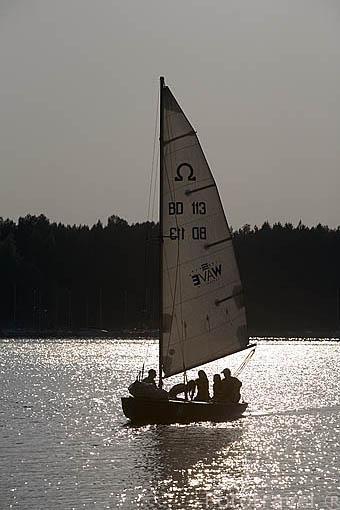Barco velero. Lago de Koronowo cerca de la ciudad de BYDGOSZCZ. Region de Kuyavia- Pomerania. Polonia