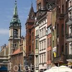 Calle peatonal y comercial Szeroka. Centro historico de la ciudad de TORUN. Kuyavia- Pomerania. Polonia