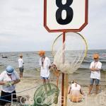 Concurso internacional de recogida de Ambar. Playa de JANTAR. Cerca de Gdansk. Polonia