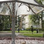 Fuente del Parque Sur, donde la gente aspira yodo, bromo y sales, de un pozo de agua de 800 mts de profuniddad. Pobalción de SOPOT. Polonia