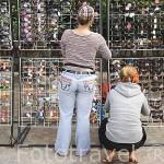 Vendedores de gafas en la población de SOPOT. Polonia