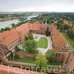 Vista general del complejo del castillo de la antigua orden de los Teutones en Malbork. MALBORK. Polonia
