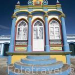 La capilla Imperio da Caridade (Praia da Victoria) es una de las 70 que hay en la isla para celebrar el Espiritu Santo. isla de TERCEIRA