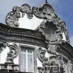 Fachada de una iglesia. Poblacion de Ribeira Grande. Isla de SAO MIGUEL. Azores. Portugal