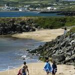 Playa da Victoria y bañistas. Isla de TERCEIRA. Azores. Portugal