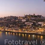 Puente de Luis I sobre el rio Duero y la ciudad de OPORTO. Portugal