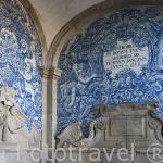 Ceramica en el interior del portico. Se catedral. Ciudad de OPORTO. Portugal