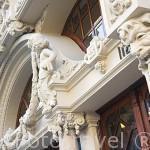 Detalle de la fachada del Majestic Cafe. Ciudad de OPORTO. Portugal