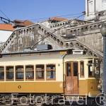 Tranvia en la linea Plaça do Infante - Passeio Alegre. Ciudad de OPORTO. Portugal