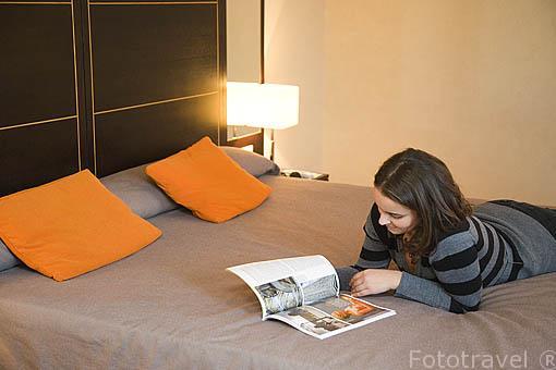 Habitación. Hotel Das Artes. En rua do Rosario 160-164. Ciudad de OPORTO. Portugal