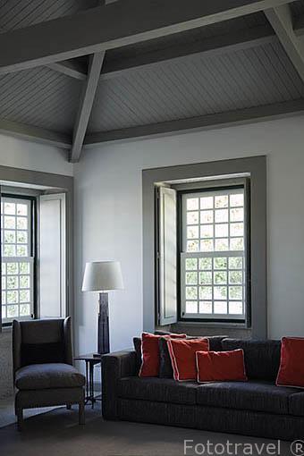 Sala de estar, zona del hotel. Quinta La Pacheca. Cerca de la población de REGUA. Valle del Duero. Portugal