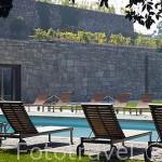 Piscina exterior. Hotel Casa da Calzada. Población de AMARANTE. Portugal