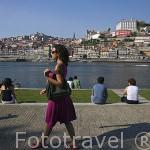 Vista sobre el rio Duero y la ciudad de OPORTO desde la zona de Gaia. Portugal