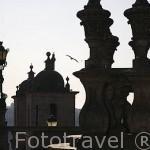 Torres de la iglesia de San Lorenzo. Ciudad de OPORTO. Portugal
