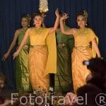 Baile tailandes en el teatro Piman. BANGKOK. Tailandia