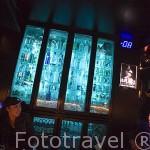 Moderno bar - discoteca Q-Bar en la calle Sukhumvit. Ciudad de BANGKOK. Tailandia