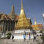 Estupas y templos en el Gran Palacio. (1782). BANGKOK. Tailandia