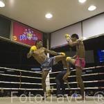 Espectaculo de boxeo tailandes en el estadio de Lumpinee. BANGKOK. Tailandia