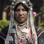 Chica de la tribu de montaña Akha. En el poblado de HUAY NAM RIM. Chiang Rai. Tailandia