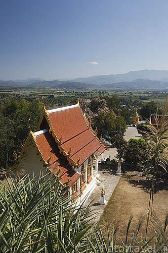 Vista panoramica desde el templo Wat Tha ton. En lo alto de la montaña. THA TON. Chiang Mai. Tailandia