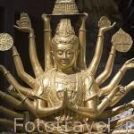 Escultura. Wat Tham Seua (Templo del Tigre), cerca de Krabi. Tailandia