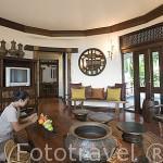 Sala de estar. Bungalow presidencial. Hotel Rayavadee. HAT PHRA NANG. Krabi. Tailandia