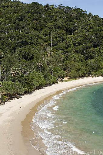 Playas de arena blanca en el Parque Nacional Marino Ko Lanta. Isla de KO LANTA. Tailandia