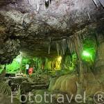 Visita guiada. Interior de las cuevas de Khao Kob. Entre KO LANTA y TRANG. Tailandia