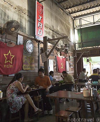 Cafeteria - Restaurante de comida tailandesa regentado por chinos hokkien. Ciudad de TRANG. Tailandia