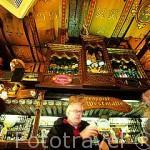 Antigua cerveceria De Dulle Griet. Tienen cerveza de fabricación propia. GANTE. Belgica