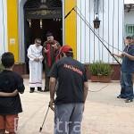 El humorista Felix David Zuloaga rodando una serie. Pueblito Paisa en el cerro Nutibara. MEDELLIN. Departamento de Antioquia. Colombia