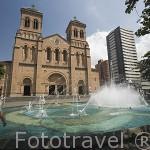La Basilica Metropolitana, junto al parque de Simon Bolivar. MEDELLIN. Departamento de Antioquia. Colombia